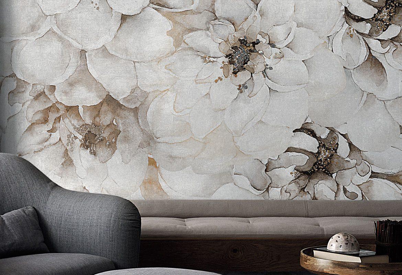 ściana w białe kwiaty